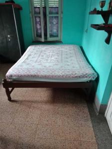 Bedroom Image of PG 4442378 Behala in Behala