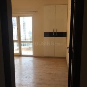 Gallery Cover Image of 2032 Sq.ft 3 BHK Apartment for rent in Sector 82 for 48000