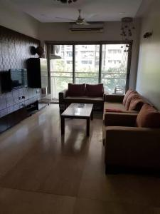 Gallery Cover Image of 1500 Sq.ft 3 BHK Apartment for rent in Dadar West for 120000