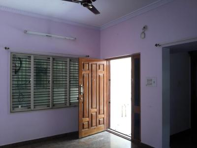 Gallery Cover Image of 1250 Sq.ft 3 BHK Independent House for rent in Bhyraveshwara Nagar for 18000