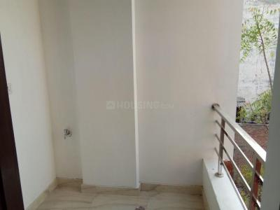 Gallery Cover Image of 500 Sq.ft 2 BHK Independent Floor for rent in Matiala for 10000