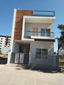 Gallery Cover Image of 2000 Sq.ft 3 BHK Independent House for buy in Mahalakshmi Nagar for 8700000