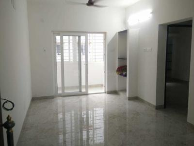 Gallery Cover Image of 926 Sq.ft 2 BHK Apartment for rent in SSM Nagar, Perungalathur for 9000