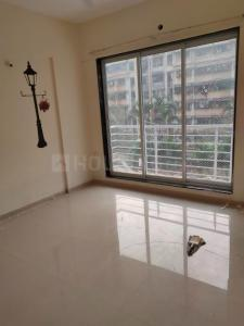 Gallery Cover Image of 1090 Sq.ft 2 BHK Apartment for buy in Lokhandwala Octacrest, Kandivali East for 17300000