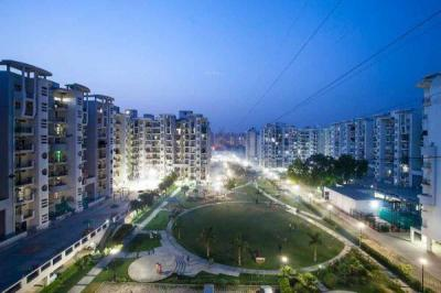 Gallery Cover Image of 1220 Sq.ft 2 BHK Apartment for buy in Omaxe Heights, Sector 86 for 3800000