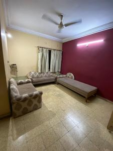 Gallery Cover Image of 1250 Sq.ft 2 BHK Apartment for rent in Bodakdev for 19000