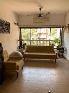 Gallery Cover Image of 900 Sq.ft 2 BHK Apartment for rent in Bela Rose, Bandra West for 77000