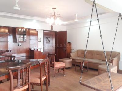 Gallery Cover Image of 1300 Sq.ft 2 BHK Apartment for rent in Maker Mahal, Bandra West for 90000
