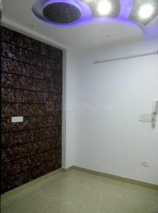 Gallery Cover Image of 990 Sq.ft 3 BHK Apartment for buy in Bharat Vihar for 4100000
