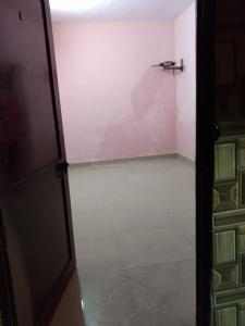 Gallery Cover Image of 400 Sq.ft 1 BHK Independent House for rent in DDA Janta Flat, Sector 15 Rohini for 7500
