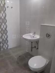 मिरा रोड ईस्ट में जया माम में कॉमन बाथरूम की तस्वीर