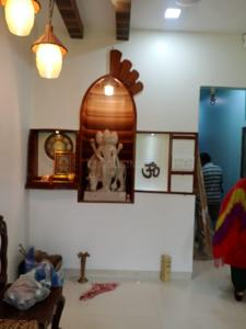 Gallery Cover Image of 550 Sq.ft 1 BHK Apartment for rent in Adarsh Nagar, Worli for 45000
