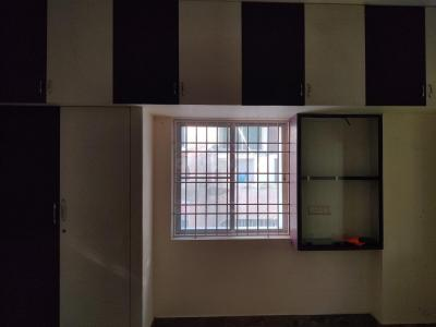 Gallery Cover Image of 920 Sq.ft 2 BHK Apartment for rent in Choolaimedu for 26000