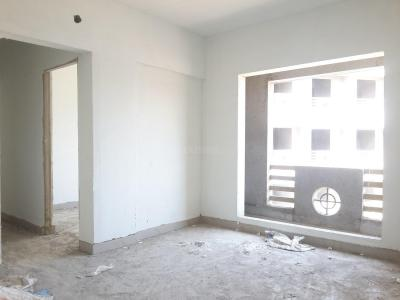 Gallery Cover Image of 838 Sq.ft 2.5 BHK Apartment for buy in Chinchawali for 3700000