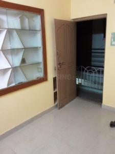 Gallery Cover Image of 400 Sq.ft 1 BHK Independent Floor for rent in Maruthi Nagar for 8000