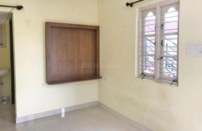 Gallery Cover Image of 450 Sq.ft 1 BHK Independent House for rent in Mahadevapura for 14000