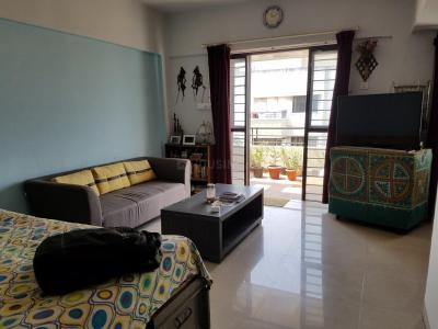 Gallery Cover Image of 1100 Sq.ft 2 BHK Apartment for rent in Mundhwa for 20000