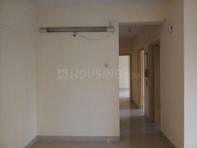 Gallery Cover Image of 800 Sq.ft 2 BHK Apartment for rent in Kandivali East for 25000
