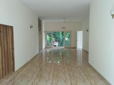 Gallery Cover Image of 5000 Sq.ft 7 BHK Independent House for rent in Defence Colony for 380000