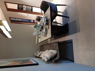 Gallery Cover Image of 670 Sq.ft 1 BHK Apartment for buy in Thane West for 5700000