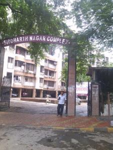 Gallery Cover Image of 567 Sq.ft 1 BHK Apartment for rent in Kandivali East for 20000