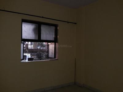 Gallery Cover Image of 670 Sq.ft 2 BHK Apartment for rent in Borivali East for 20000