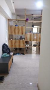 Gallery Cover Image of 950 Sq.ft 2 BHK Apartment for rent in Kanakia Paris, Bandra East for 90000