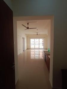 Gallery Cover Image of 1267 Sq.ft 2 BHK Apartment for rent in India Bulls Green, Medavakkam for 19000