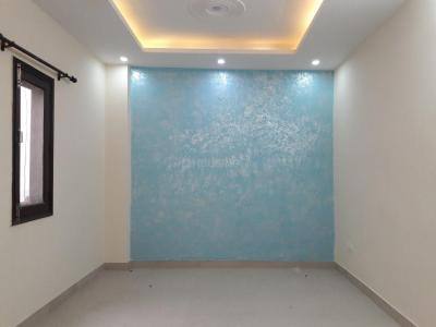 Gallery Cover Image of 750 Sq.ft 2 BHK Apartment for buy in Sultanpur for 3200000