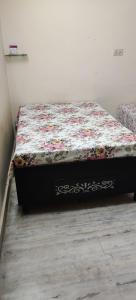 Bedroom Image of PG In Pitampura in Pitampura