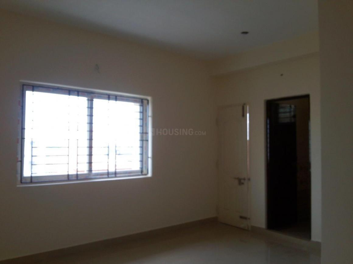 Living Room Image of 680 Sq.ft 1 BHK Apartment for buy in Surappattu for 2992000