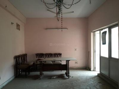 Gallery Cover Image of 1200 Sq.ft 2 BHK Apartment for rent in Shipra Riviera Towers, Gyan Khand for 14000