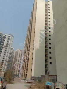 Gallery Cover Image of 1500 Sq.ft 3 BHK Apartment for buy in Aarcity Regency Park, Ecotech III for 3389850