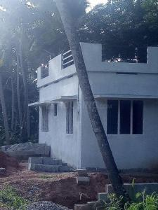Gallery Cover Image of 1400 Sq.ft 3 BHK Villa for buy in Malayinkeezh for 4500000