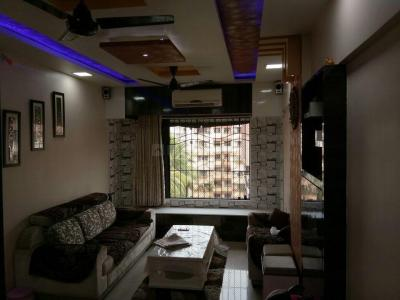 Gallery Cover Image of 717 Sq.ft 2 BHK Apartment for buy in Dahisar East for 13500000