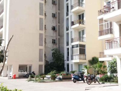 Gallery Cover Image of 1550 Sq.ft 3 BHK Apartment for buy in Chaitanya Vihar for 5650000