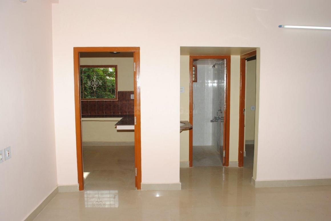 Passage Image of 1760 Sq.ft 3 BHK Independent House for buy in Avadi for 8200000