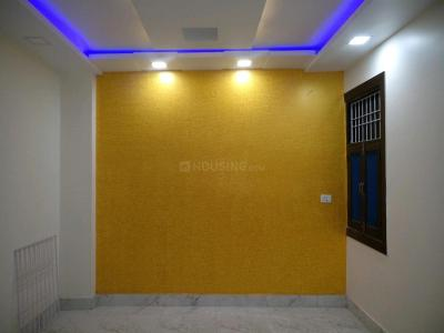 Gallery Cover Image of 900 Sq.ft 3 BHK Independent Floor for buy in Mahavir Enclave for 5000000
