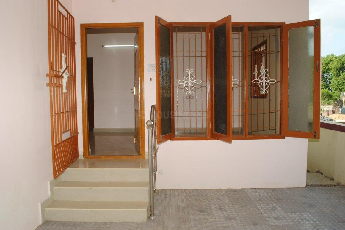 Main Entrance Image of 1745 Sq.ft 3 BHK Independent House for buy in Thiruverkkadu for 8200000