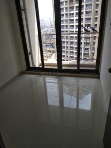 Gallery Cover Image of 1400 Sq.ft 3 BHK Apartment for rent in Kandivali West for 50000