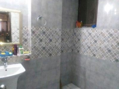 Bathroom Image of Guptapg in Gautam Nagar