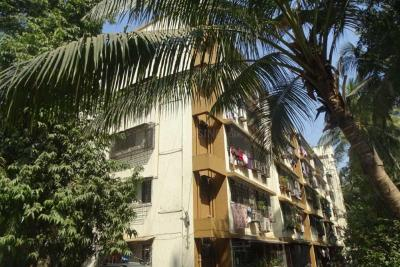 Gallery Cover Image of 910 Sq.ft 2 BHK Apartment for rent in Chembur for 38000