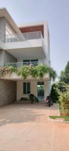 Gallery Cover Image of 3884 Sq.ft 4 BHK Independent House for buy in Kokapet for 58400000