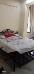 Gallery Cover Image of 550 Sq.ft 1 BHK Apartment for rent in Matunga West for 40000