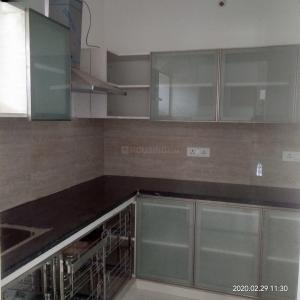 Gallery Cover Image of 1600 Sq.ft 3 BHK Apartment for rent in Hyder Nagar for 25000