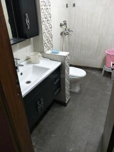 Gallery Cover Image of 1125 Sq.ft 2 BHK Independent Floor for rent in Vikaspuri for 25000