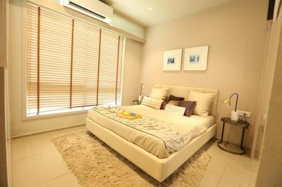 Gallery Cover Image of 680 Sq.ft 2 BHK Apartment for buy in Chandak Nischay, Dahisar East for 9900000