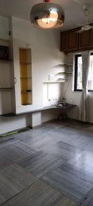 Gallery Cover Image of 575 Sq.ft 1 BHK Apartment for buy in Khandwala Apartment, Santacruz East for 13000000