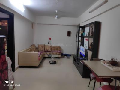 Gallery Cover Image of 690 Sq.ft 2 BHK Apartment for buy in Juhu Sangeeta Apartment, Khar Danda for 22000000