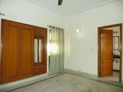 Bedroom Image of PG 3807242 Pul Prahlad Pur in Pul Prahlad Pur